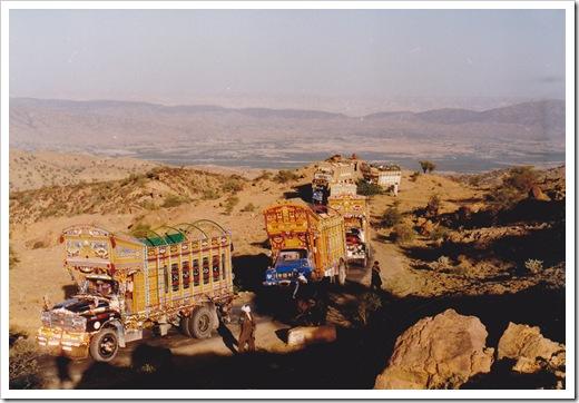 Pakistan - convoy