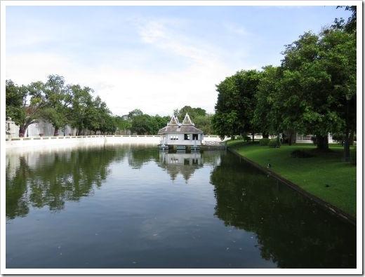 Pond_Bang Pa-In Palace