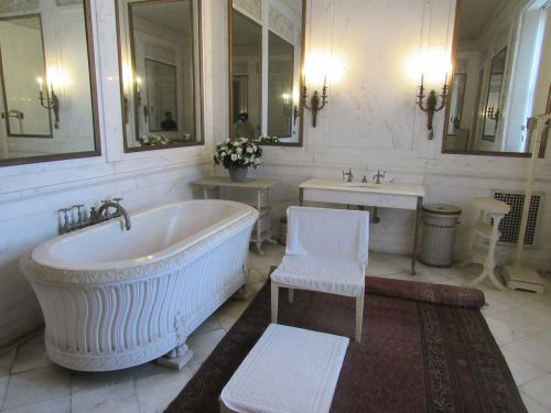Mr Vanderbilt's Bathroom