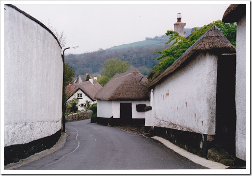 UK - Dartmoor thatched cottages